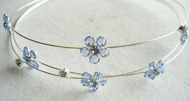 Drátková čelenka s kytičkami/ Wire tiara with flowers