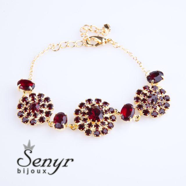 Garnet flowers bracelet