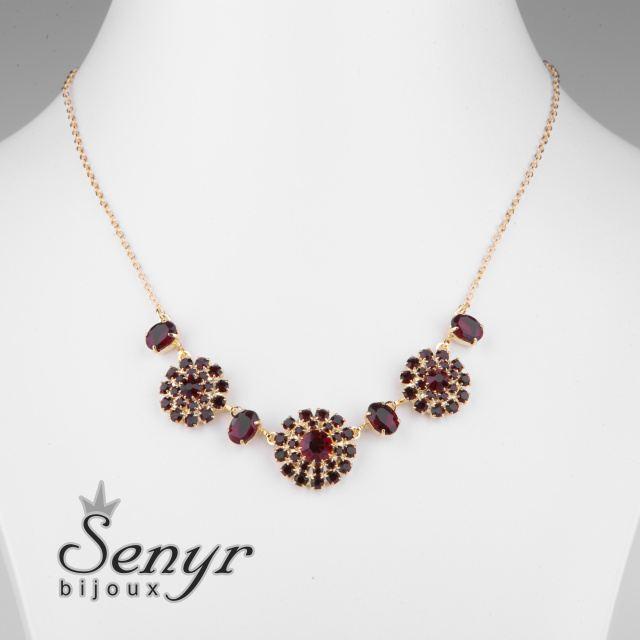 Garnet flowers necklace