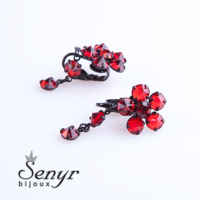 Earrings flower
