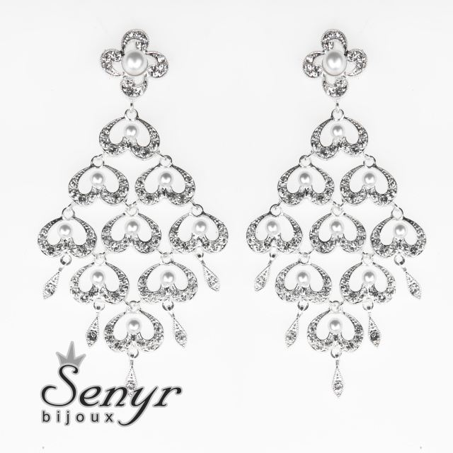 Deluxe earrings with beads